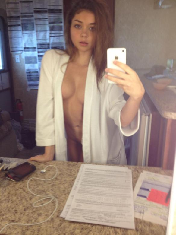 Modern Family Star Sarah Hyland Leaked Pussy Photos and VIDEO