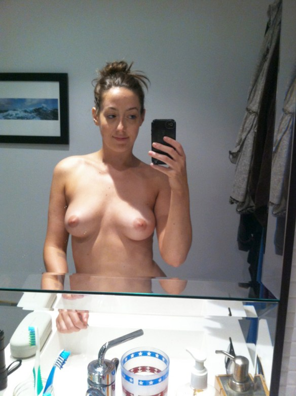 Saturday Night Live writer Sarah Schneider The Fappening Leaked Nudes