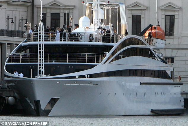 Wayne Rooney And Coleen McLoughlin In Portofino On A