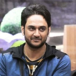 Vikas Gupta Income