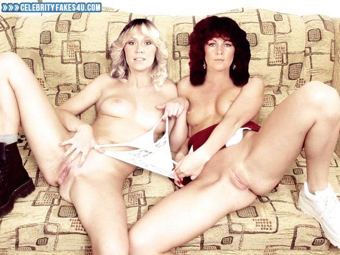 голые из группы комбинация порно фото мун