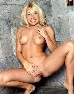 Allison Mack Without Panties Pussy Exposed Nudes 001