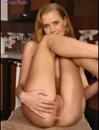 Naked Amy Adams Spreads Her Tight Pussy Fake