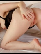 Nude Amy Adams Bent Over Spreading Fake