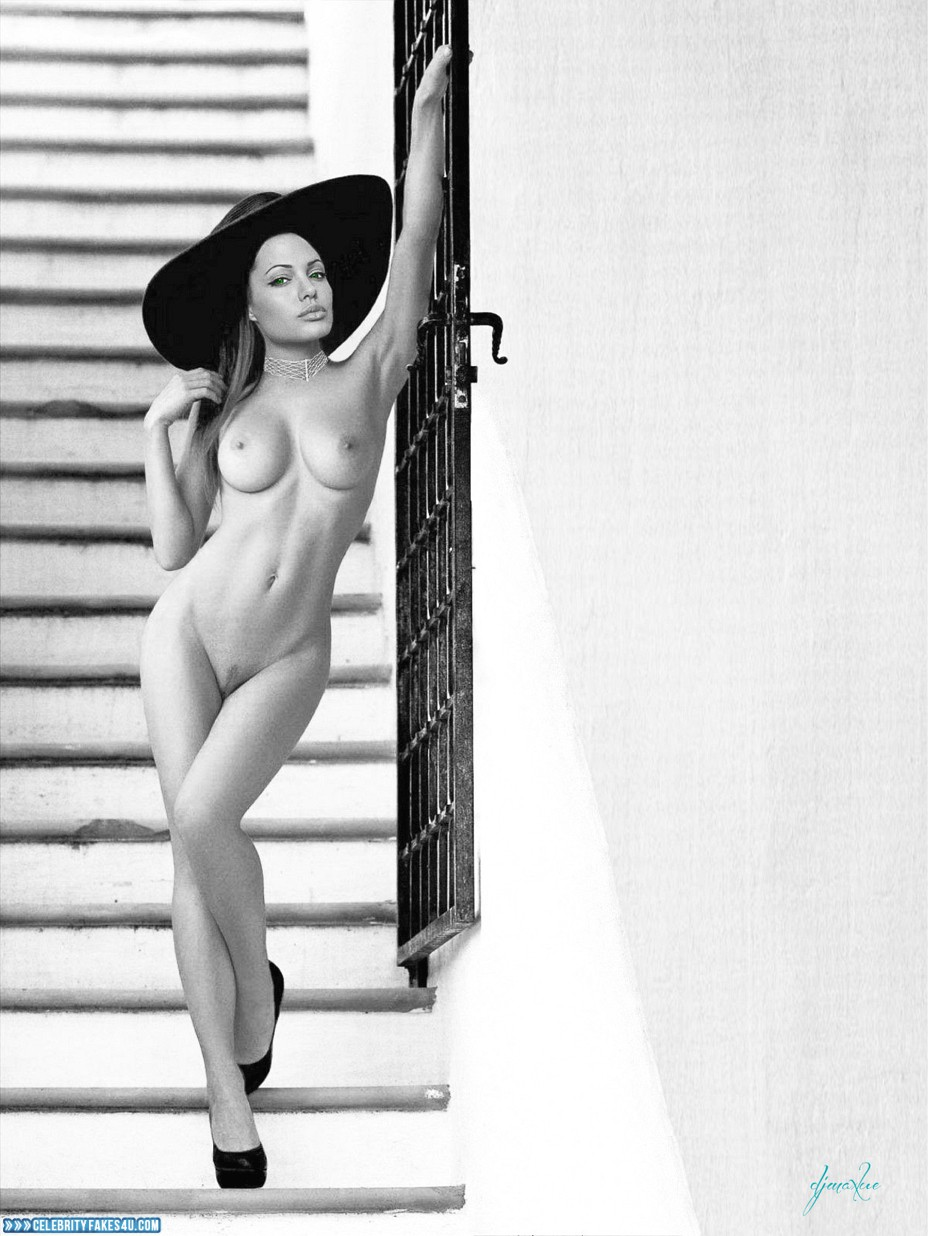 Angelina Jolie Real Nude Pics angelina jolie naked body breasts 007 « celebrity fakes 4u