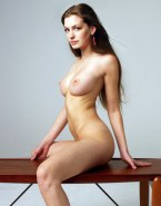 Anne Hathaway Naked Body 005