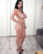 Ariel Winter Naked Large Tits 001