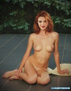 Bella Thorne Naked Great Tits 001