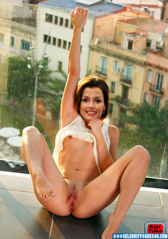 Bridget powerz nude with her legs spread porn images