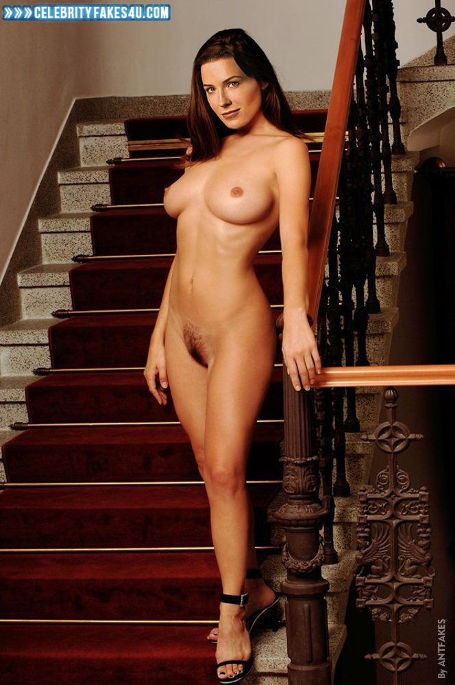 Nude amatuer housewives pictures-7726