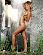 Cameron Diaz Nude Body Boobs Squeezed 001