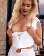Christina Applegate Nudes Titty Flash 001