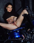 Claire Forlani Legs Spread Pussy 001