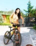 Cote De Pablo Topless Leaked Porn 001