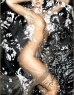 Denise Richards Completely Naked Body Wet 001