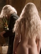 Emilia Clarke Naked Ass in Game of Thrones