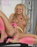 Emma Bunton Boobs Legs Spread Pussy 001