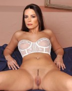 Holly Marie Combs Pierced Pussy Legs Spread Porn Fake 001