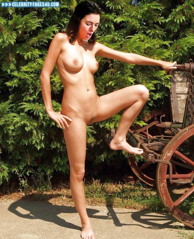 Jaime murray nude fakes