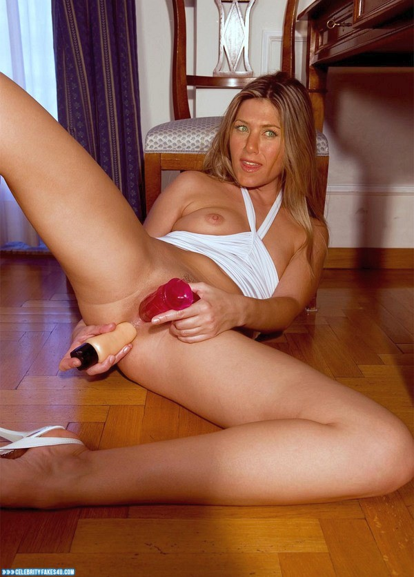Jennifer aniston huge dildo