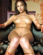 Jessica Alba Breasts 010