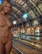 Jessica Simpson Nice Tits Public Nudes 001