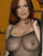 Julianne Moore Large Tits Public 001