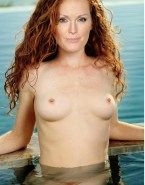 Julianne Moore Wet Boobs Naked 001