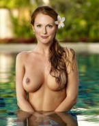 Julianne Moore Wet Tits Nude 001