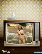 Kate Upton Pool Wet Porn 002