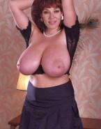 Katey Sagal Flashing Tits Huge Breasts 001
