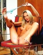 Katherine Heigl Panties Down Exposing Vagina Porn 001
