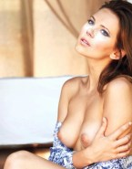 Katheryn Winnick Breasts Fake 001