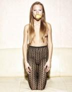Lea Seydoux Topless Camel Toe Porn 001