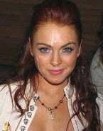 Lindsay Lohan Facial 001