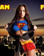 Megan Fox Costume Supergirl 002