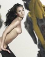 Megan Fox Undressing Sideboob Nudes 001