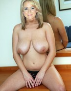 Megyn Price Huge Boobs 001