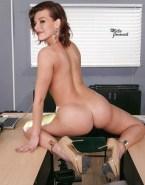 Milla Jovovich Ass 001