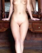 Milla Jovovich Naked Body Boobs 002
