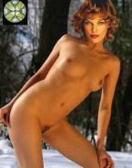 Milla Jovovich Naked Body Small Tits 001