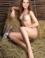 Natalie Portman Naked Hot Tits 001