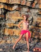 Natalie Portman Topless Great Tits Nudes 001