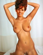 Raquel Welch Completely Naked Perfect Tits 001