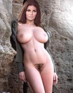 Raquel Welch Sexy Athletic Body Big Tits 001