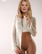 Rosamund Pike No Panties Xxx 001