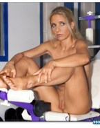 Sarah Michelle Gellar Feet Pussy Nudes 001