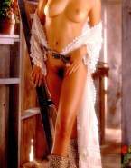 Sarah Michelle Gellar Nude Breasts 002