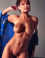 Sarah Palin No Panties Nice Tits 001