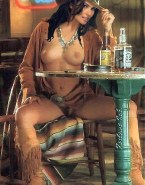 Shania Twain Legs Spread Pantiless Nude 001